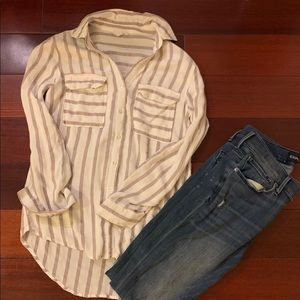 🌟 Long Sleeved Striped Blouse 🌟